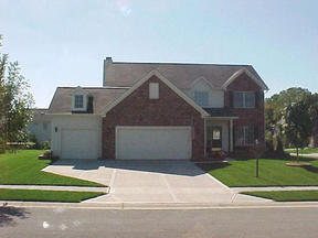 Residential : 8861 Lavender