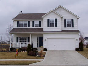 Residential : 5706 Cantigny Way North