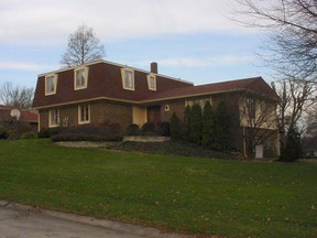 Residential : 3136 Lake Court