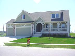 Residential : 3592 Streamside Drive