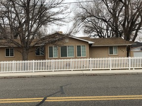 Single Family Home Sold: 582 S Maple St
