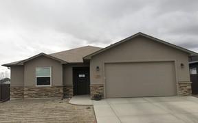 Single Family Home Sold: 2975 Luke Street
