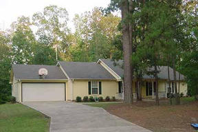 Residential : 280 White Oak Lane