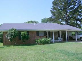 Residential For Sale: 106 Kaffie Dr.