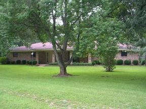 Residential : 1527 E. Lakeshore Dr.