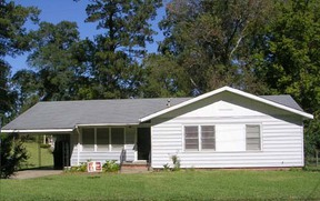 Residential : 410 Robbins Drive