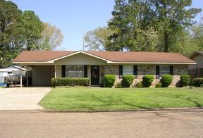 Residential : 304 Watson Drive