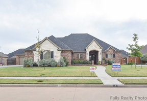 Wichita Falls TX Single Family Home Sold: $414,900