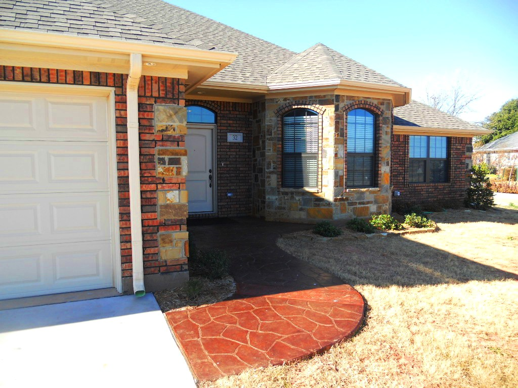 SOLD - Lakeside City East NEW HOME