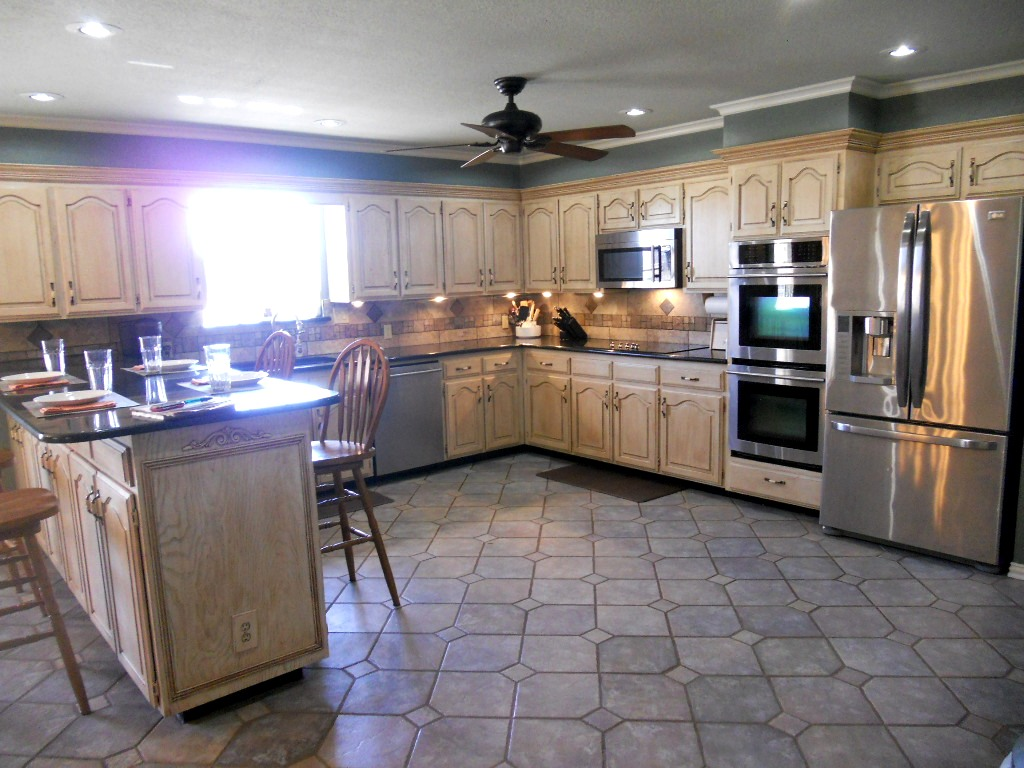 SOLD - Gourmet Kitchen