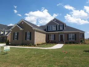 Residential : 146 Castlewood Dr.