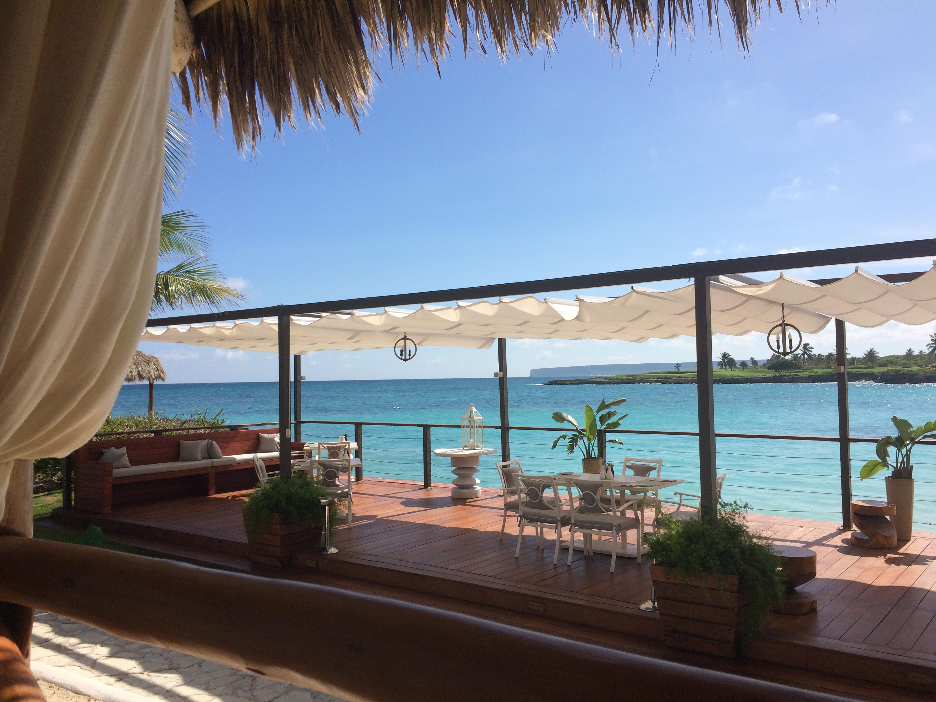 La Palapa Restaurant, Caleton Beach Club