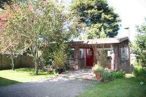 Residential : 163 N. Sanderson