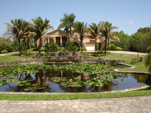 Southwest ranches luxury homes with acreage for sale for Luxury mansions for sale in florida