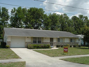 Residential : 841 Village Lake DR. N.