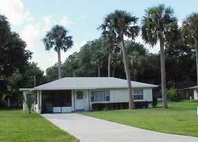 Residential : 1638 Lakeside Dr.