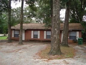 Residential : 640 E Church St