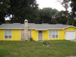 Residential : 400 S Blue Lake Ave
