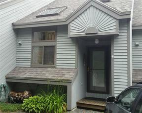 Condo/Townhouse Sold: 129 Snowood Drive #B2