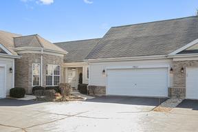 Condo/Townhouse New: 21140 West Braxton Lane