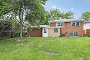 Single Family Home New: 1122 Hillview Drive