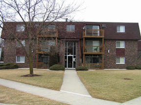 Residential : 19398 S. Wolf Road #5