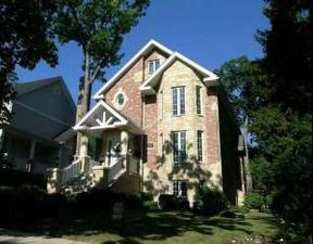 Residential : 508 Singer Avenue