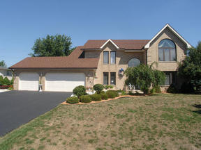 Residential : 12935 Silver Fox Drive