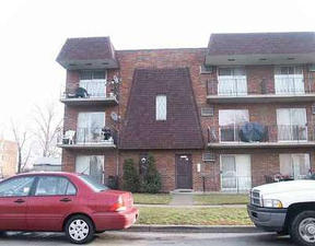 Residential : 10639-45 South Parkside