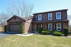 Single Family Home Sold: 5S631 Hummingbird Lane