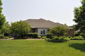 Single Family Home : 60 Long Cove Dr