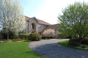 Single Family Home : 13207 Huntmaster Lane