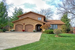 Single Family Home Sold: 11370 Dineff Road