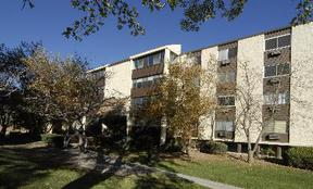 Condo/Townhouse Sold: 7040 East Girard Avenue #410