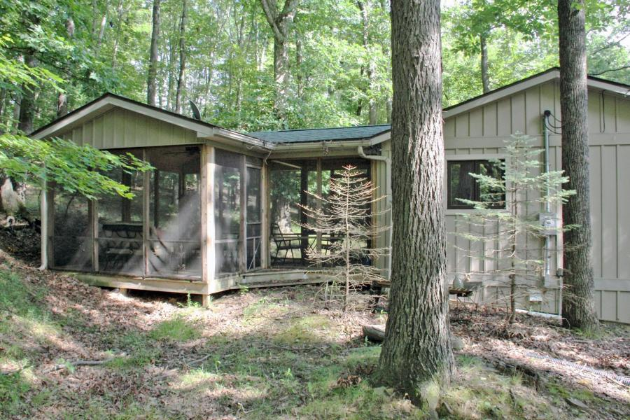 homes and cabins for sale in hide a way hills hide away