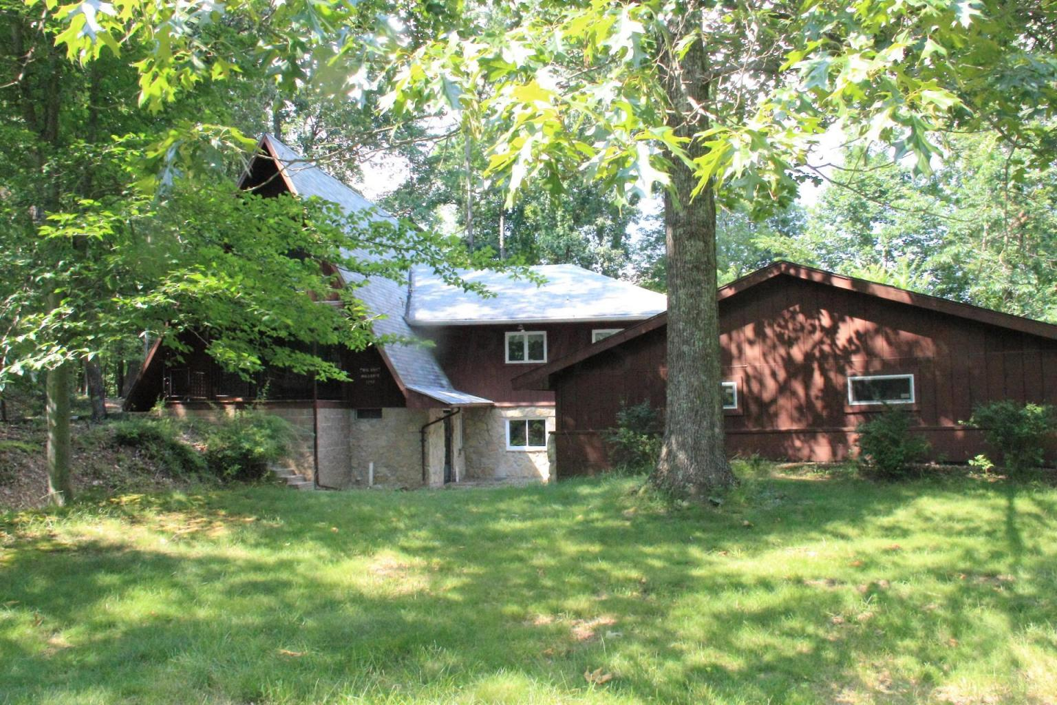 1747 Mohican Lane - UNDER CONTRACT