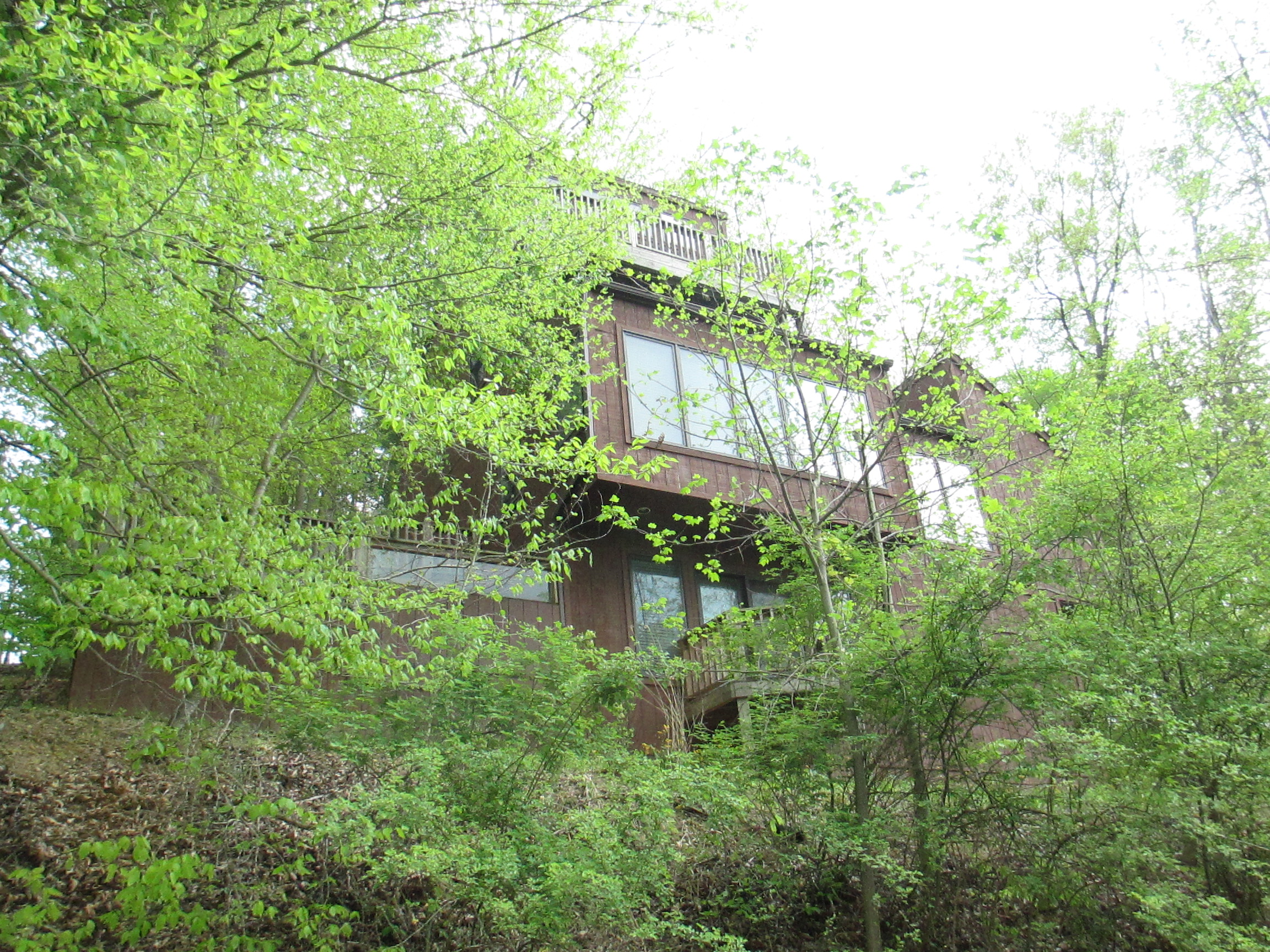 642 Natchez Lane  - Tree Top Views - Waterview - COMPLETE PACAKGE - FURNISHED INCLUDING THE TOYS!