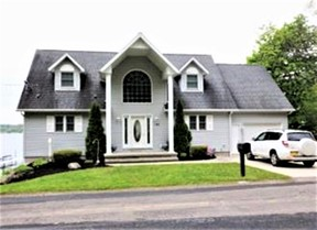 Bemus Point NY Single Family Home Vacation Rental: $6,500 /wk