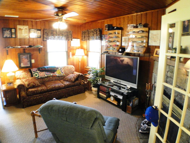 Inside the cottage... plenty of space for friends to gather, Otto NC Real Estate, Otto Realty, Otto MLS