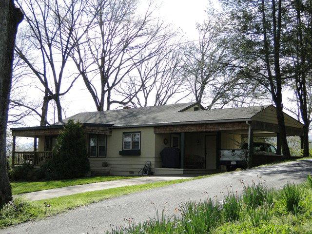 Wonderful 3/1 home, 135 Forest Avenue Franklin NC Real Estate