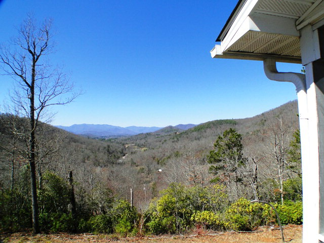 Privacy and what a view!  Your mountain dream on 3 acres!  Franklin NC, Free MLS Search