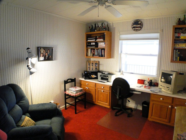 This office or craft room is not included in the bedrooms, Franklin Otto NC Realty
