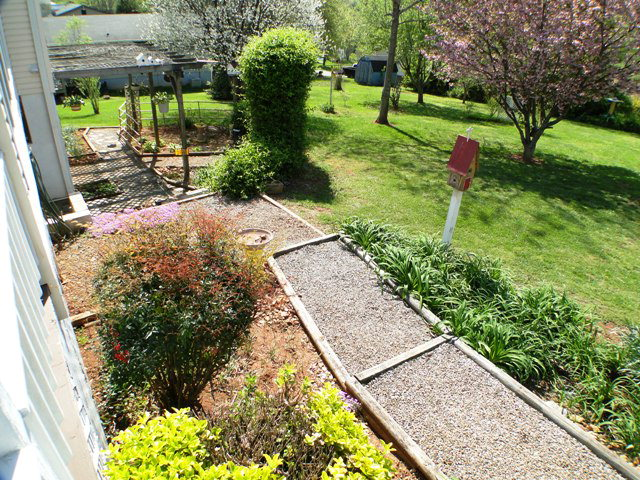 Lovely yard with room for a garden, Smokey Mountain, Home for Sale