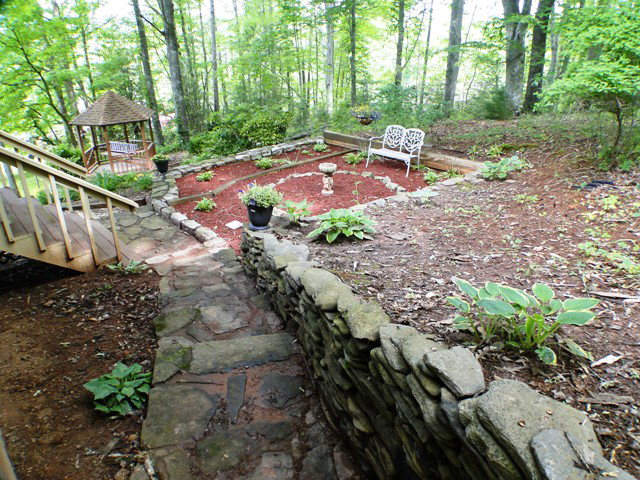 Impeccable grounds that will just blow you away with several sitting areas, Franklin NC Family Home, Franklin NC Neighborhoods