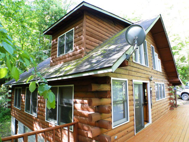 Tranquility redefined! Cedar Log Home on BUCK CREEK, Highlands NC Log Home for Sale, Bald Head the Realtor