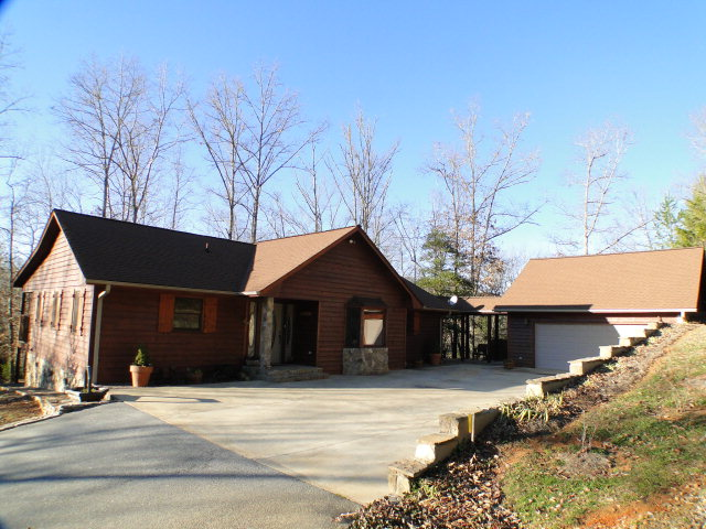 2 Car Garage with Bonus Room, 2311 Jack Cabe Road Franklin NC Real Estate, Franklin NC Homes for Sale