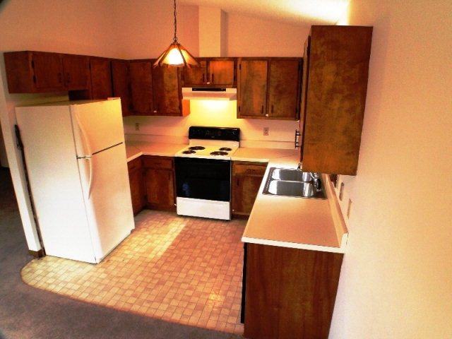 Nice, efficient kitchen, Franklin NC MLS, Bald Head the Realtor