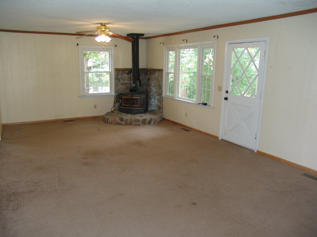 461 Arnold Branch Road Franklin NC Real Estate, www.baldheadtherealtor.com, Living Room with Wood Stove