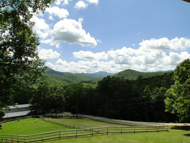 Acres of pastures and miles of fence, Equestrian Properties, Franklin NC Estate, Blue Ridge Properties, Franklin NC Homes for Sale