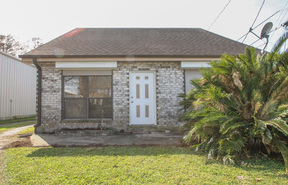 Single Family Home Sold: 1548 Claire Avenue